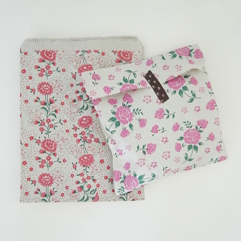 XL size 26 cmX20cm Set 30 vintage style flower 2 colors recycle paper bags gift bags gift wrap